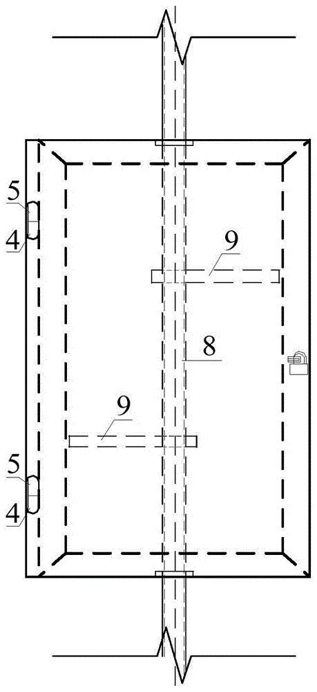 一种单管爬钉式爬梯的防爬门