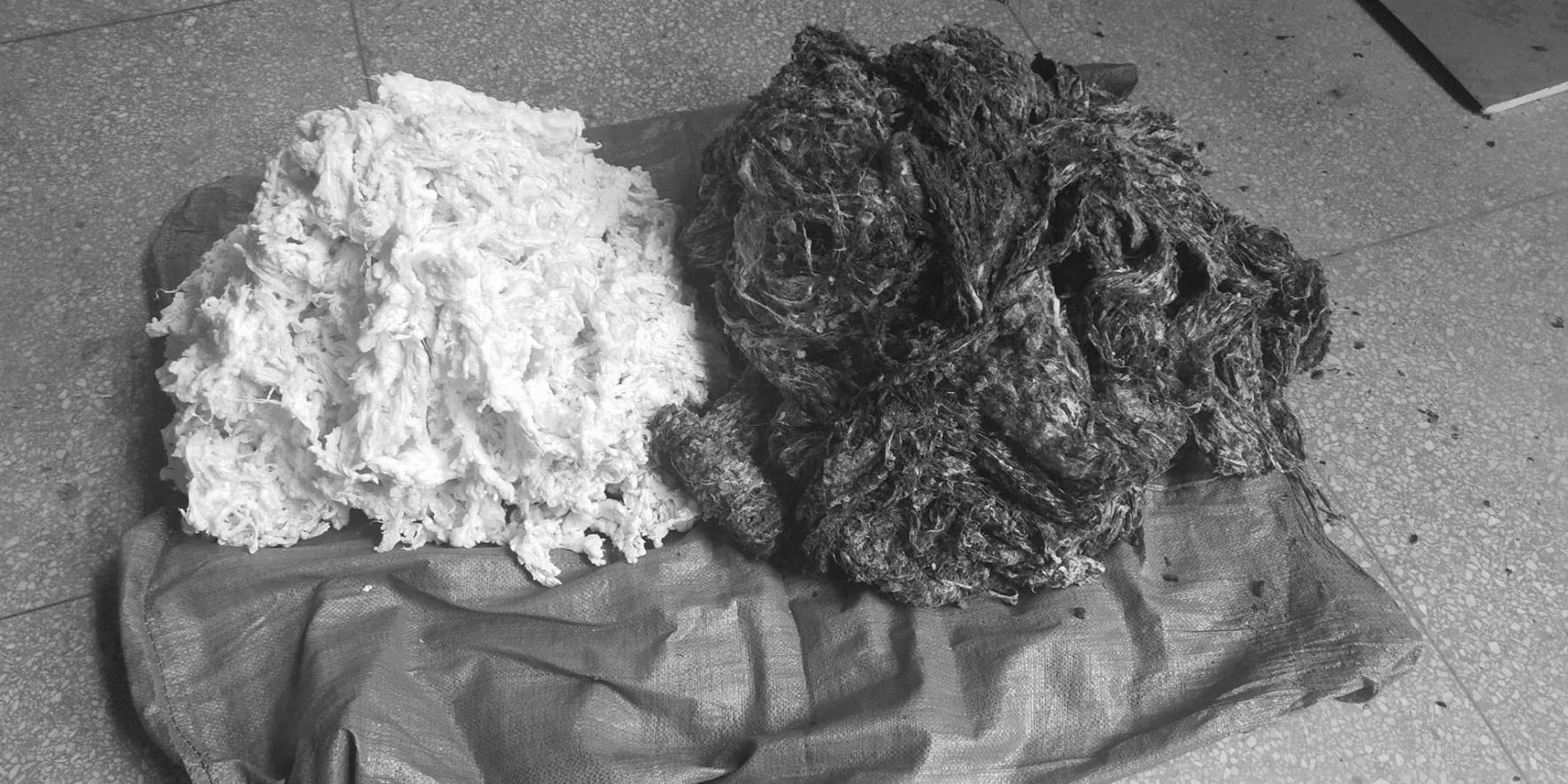 一种蛹衬棉渣的炼制方法